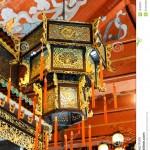 http://www.hongkongreis.nl/wp-content/uploads/2014/07/Po-Lin-Klooster-40275-752x1024.jpg