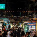 http://www.hongkongreis.nl/wp-content/uploads/2014/07/Temple-Street-Market-40237.jpg